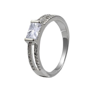 destockage bague diamant